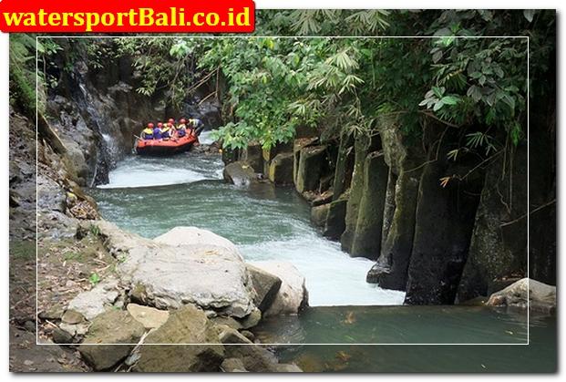 Bakas Levi rafting Bali